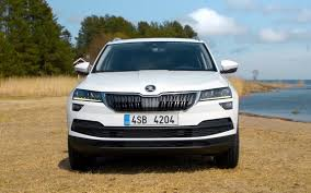 comparison volkswagen tiguan sel 4motion 2018 vs skoda karoq