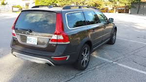 volvo canada suv review 2015 volvo xc70 driving