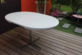 Table Ronde Blanche Avec Rallonge Pied Central by Table Ovale Cuisine Glossy Table Ovale Plateau Laqu Table Up