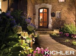 How To Do Landscape Lighting - how to choose landscape lighting to fit your home and lifestyle