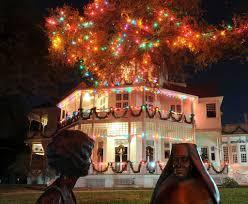 christmas lights at university of incarnate word san antonio