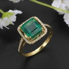 gold emerald engagement rings things to consider before purchasing emerald engagement rings