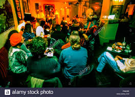 woman smoking in nightclub stock photos u0026 woman smoking in