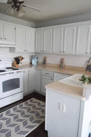 white backsplash for kitchen kitchen decor diy caramel brown wooden kitchen counter steel 2