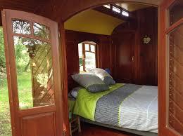 chambres d hotes gramat chambre d hôtes les roulottes du lot chambre d hôtes gramat