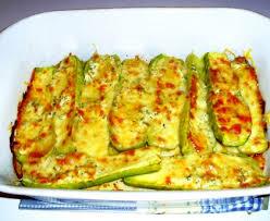 que cuisiner avec des courgettes courgettes farcies à la ricotta et au comté recette de courgettes