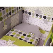 theme chambre bébé thème chambre bébé etoiles et pois vert anis gris blanc tour