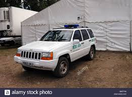 jeep grand cherokee limited white chrysler jeep grand cherokee limited used as an ambulance