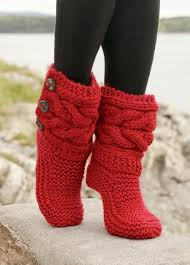 knitted christmas 16 adorable knitted christmas socks and gloves with free patterns