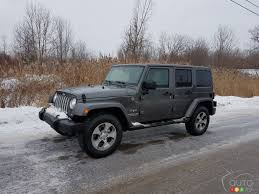 a jeep wrangler in winter what u0027s that like car reviews auto123