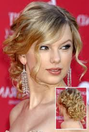 short curly hairstyles is one of the best idea for you to remodel