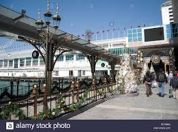 decorations on walkway harbour city tsim sha tsui