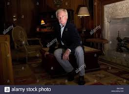 sir derek jacobi actor august 2003 at the covent garden hotel