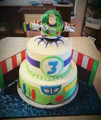 Buzz Lightyear Centerpieces by Buzz Lightyear Party Centerpiece Holder By Poppiesandpumpkins