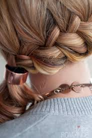 how to i french plait my own side hair what s the difference between a french braid and a dutch braid