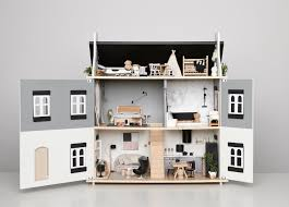 How To Make Dollhouse Furniture Out Of Household Items 221 Best Kids Doll Houses Images On Pinterest Dollhouse