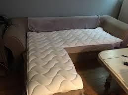 transformer lit en canapé sur matelas canapé pour le transformer en lit confortable et le