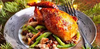 cuisiner les cailles cailles au roquefort facile et pas cher recette sur cuisine actuelle