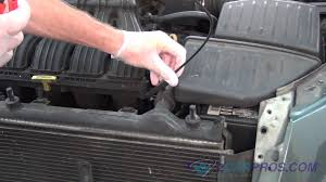 chrysler pt cruiser radiator fan radiator fan replacement chrysler pt cruiser youtube
