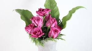 Vase With Roses How To Arrange A Dozen Roses In A Vase 11 Steps With Pictures