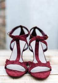 burgundy wedding shoes 69 dramatic burgundy wedding ideas happywedd