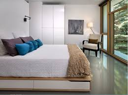 Minimalistic Bed Private House Interior Decoration Ideas Style Features 2017