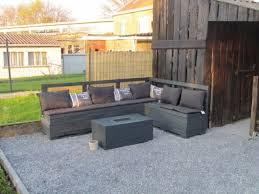 canapé de jardin en palette 15 idées pour fabriquer salon de jardin en palettes