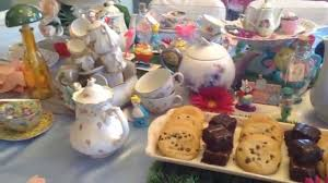 elegant alice in wonderland tea party table setup youtube