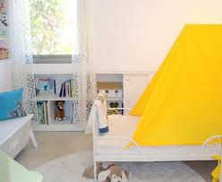an easy up easy down diy bed tent apartment therapy