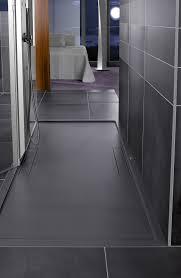 schöner wohnen badezimmer fliesen eleganz dank dunkler badfliesen bild 5 schöner wohnen