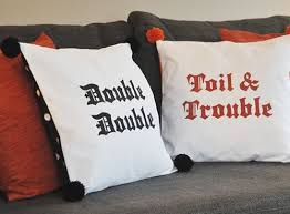 double trouble halloween pillows u2013 krafty kath
