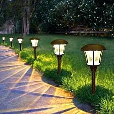 How To Choose Landscape Lighting Outdoor Landscape Lighting At Lowes Choose Landscape Lights