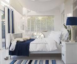 chambre bleu et blanc chambre bleu marine et blanc waaqeffannaa org design d intérieur