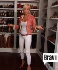 who dors yolanda fosters clothing yolanda foster s white crop ankle zip jeans big blonde hair