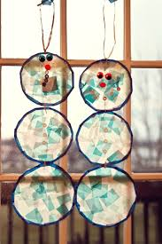 Kids Stained Glass Craft - cute winter craft for kids stained glass snowmen snowmen