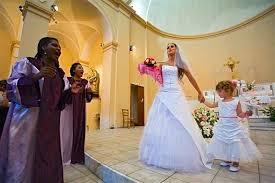chant eglise mariage comment organiser une cérémonie de mariage en gospel à l église