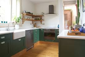 kitchen furniture manufacturers uk kitchens cheltenham winchcombe showroom the cotswolds