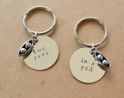 peas in a pod keychain two peas in a pod keychain set best friend s keychain