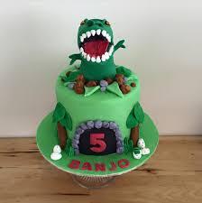 dinosaur cake trex dinosaur cake three sweeties