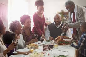 thanksgiving families 10 tasty tips for a frugal thanksgiving personal finance us news
