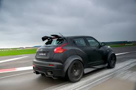 nissan juke r 2 0 track pack nissan gt r and juke r let loose wheel world reviews