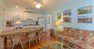 cottages in key west near duval street 2 bed with a pool