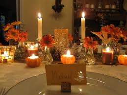 small thanksgiving day table decorations with framed printed