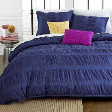 Purple Tufted Headboard by Bedroom Persia Purple Ruched Duvet Cover With Tufted Headboard