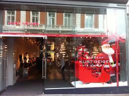 Urban Outfitter Covent Garden - kurt geiger covent garden christmas 20121 international visual