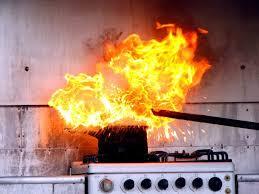 feu de cuisine incendie dans la cuisine d une base de loisirs en seine maritime