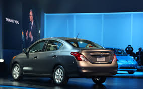 nissan versa dark blue 2012 nissan versa sedan first look motor trend