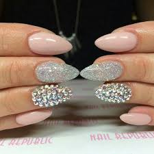 almond shaped and silver glitter glamour nails fleeky