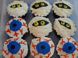 Halloween Cupcakes Cake by Eyeballs Mummy U0026 Monster Halloween Cupcakes Cakecentral Com