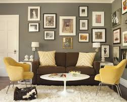 Decorating Ideas For Living Rooms With Brown Leather Furniture by Chocolate Brown Furniture Decorating Ideas Simple Details